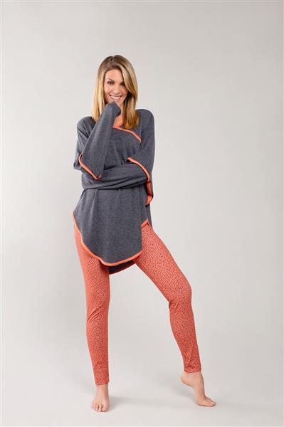 Pijama comprido e legging de malha