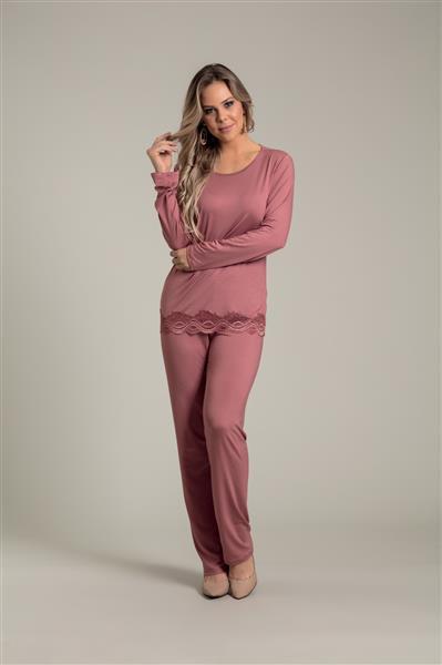 Pijama em viscose stretch e renda